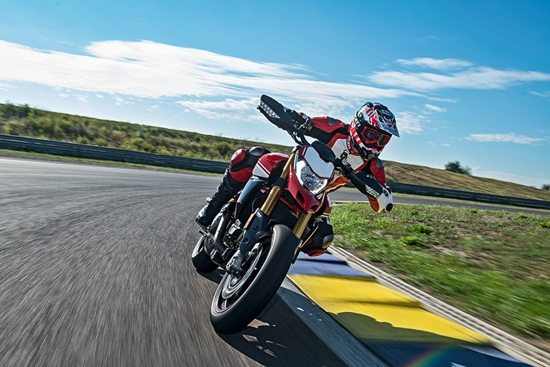 2019 Ducati Hypermotard 950 SP in Medford, Massachusetts - Photo 6