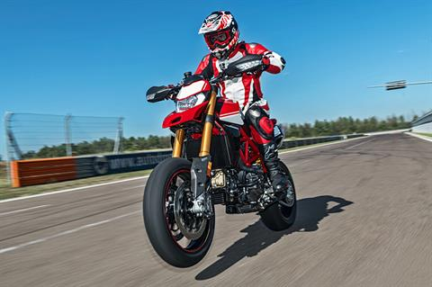 2019 Ducati Hypermotard 950 SP in Medford, Massachusetts - Photo 7
