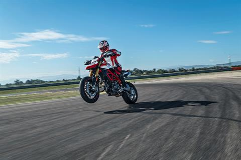 2019 Ducati Hypermotard 950 SP in Medford, Massachusetts - Photo 9