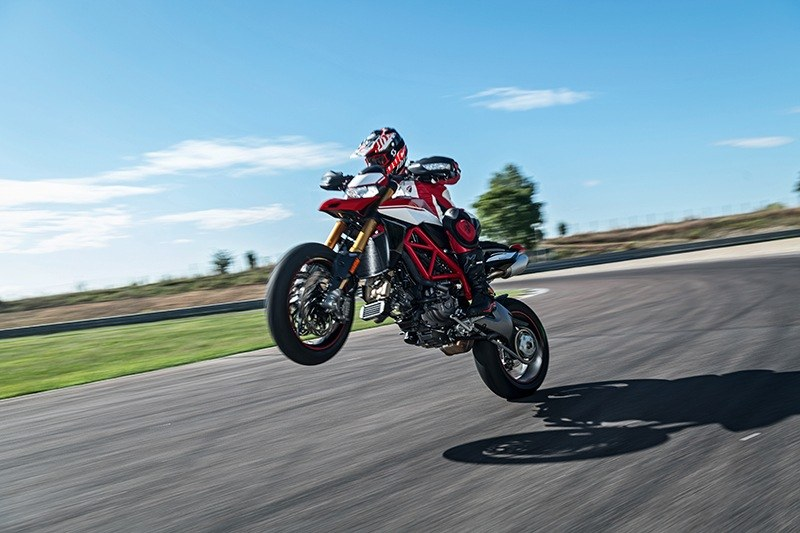 2019 Ducati Hypermotard 950 SP in Medford, Massachusetts - Photo 12