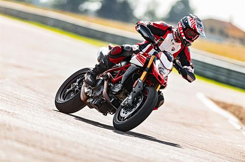 2019 Ducati Hypermotard 950 SP in Medford, Massachusetts - Photo 14