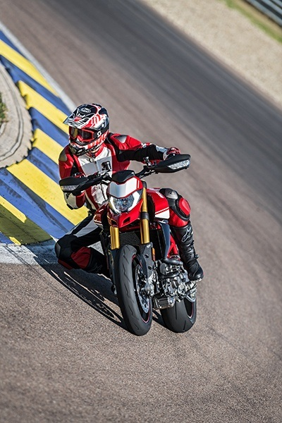 2019 Ducati Hypermotard 950 SP in Medford, Massachusetts - Photo 19