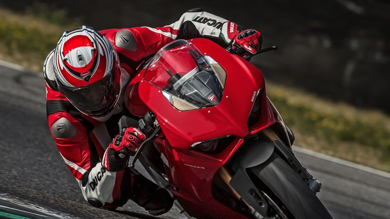 2019 Ducati Panigale V4 in Northampton, Massachusetts - Photo 9
