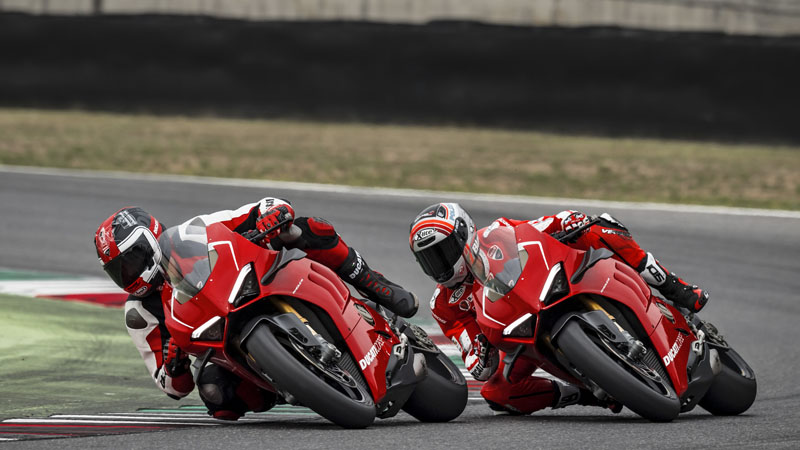 2019 Ducati Panigale V4 R in Oakdale, New York