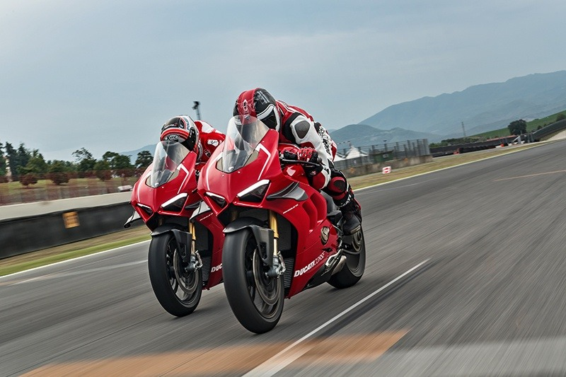 2019 Ducati Panigale V4 R in Fort Montgomery, New York - Photo 21