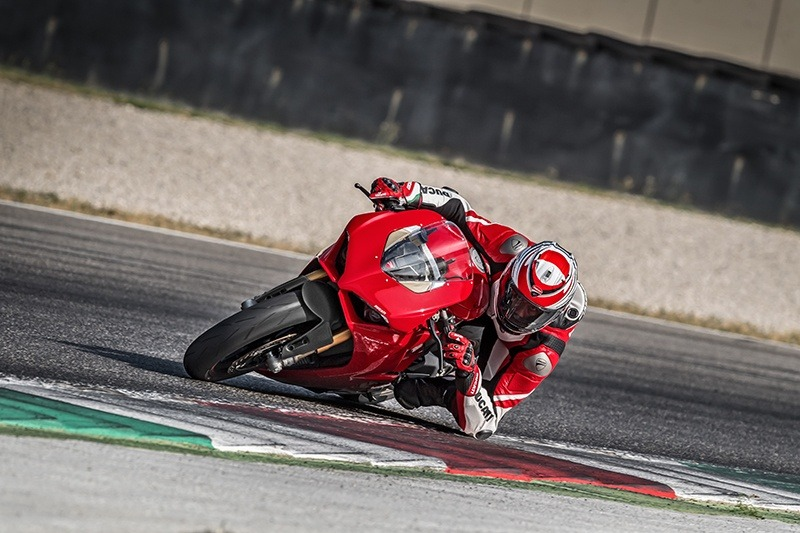 2019 Ducati Panigale V4 S in Harrisburg, Pennsylvania - Photo 12