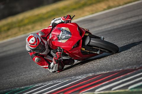 2019 Ducati Panigale V4 S in New York, New York - Photo 17