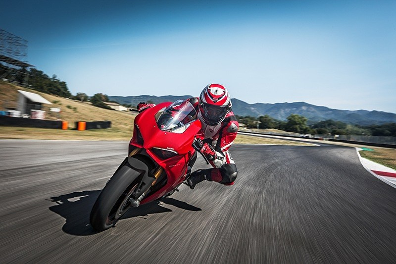 2019 Ducati Panigale V4 S in Fort Montgomery, New York - Photo 20