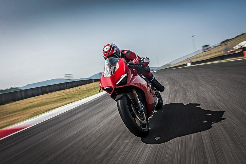 2019 Ducati Panigale V4 S in Fort Montgomery, New York - Photo 21