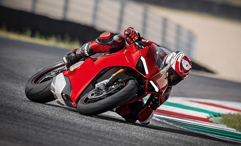 2019 Ducati Panigale V4 S in Fort Montgomery, New York - Photo 23