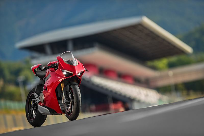 2019 Ducati Panigale V4 S in New York, New York - Photo 25
