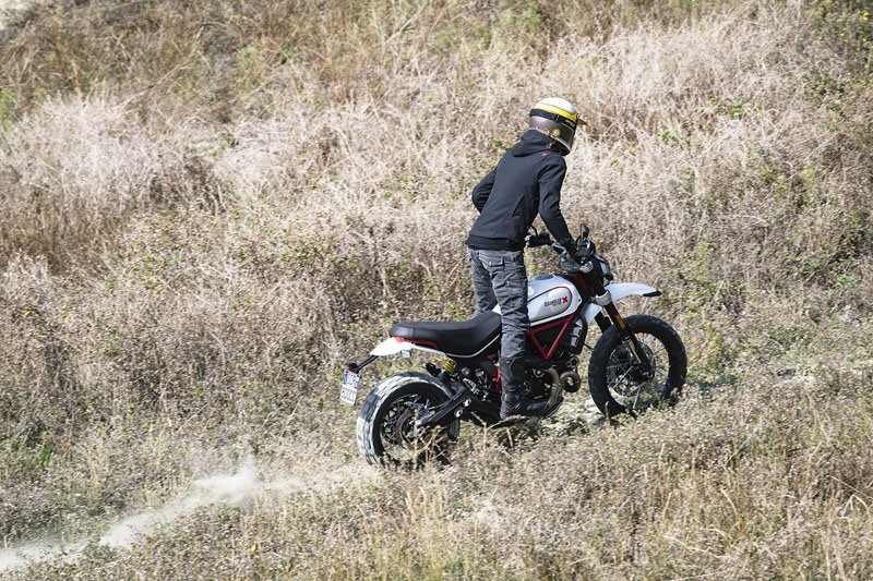 2020 Ducati Scrambler Desert Sled in De Pere, Wisconsin - Photo 6