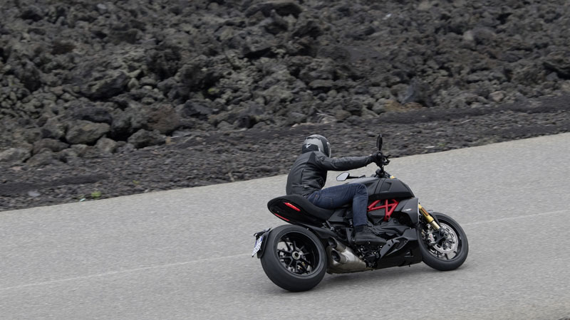 2019 Ducati Diavel 1260 S in Brea, California - Photo 4