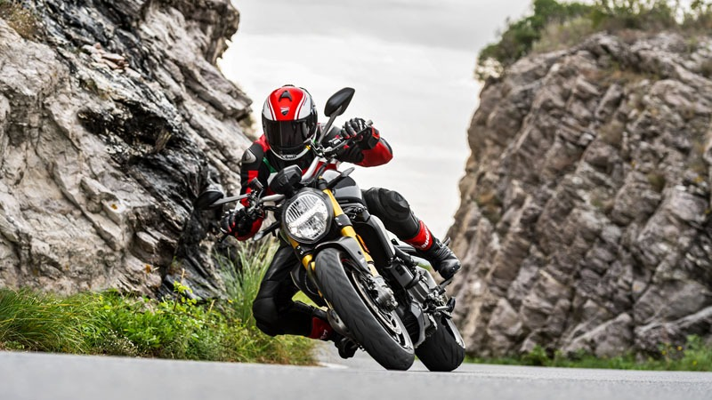 2020 Ducati Monster 1200 in Medford, Massachusetts - Photo 5