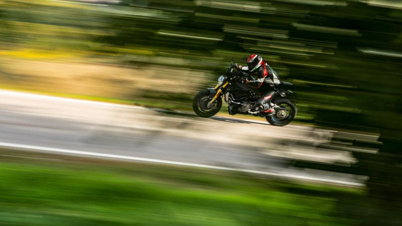 2020 Ducati Monster 1200 in De Pere, Wisconsin - Photo 7