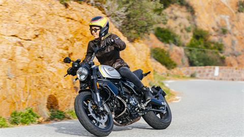 2020 Ducati Scrambler 1100 PRO in Medford, Massachusetts - Photo 4