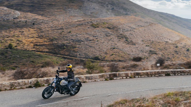 2020 Ducati Scrambler 1100 PRO in Medford, Massachusetts - Photo 6