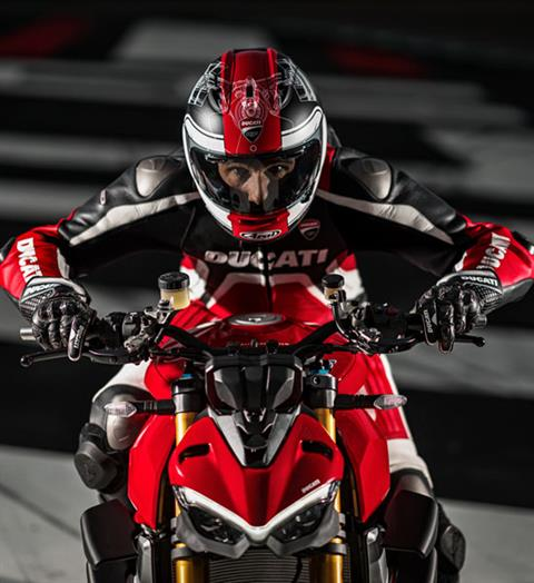 2020 Ducati Streetfighter V4 S in Medford, Massachusetts - Photo 3