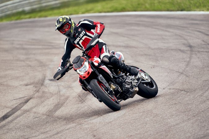 2020 Ducati Hypermotard 950 RVE in Columbus, Ohio - Photo 30