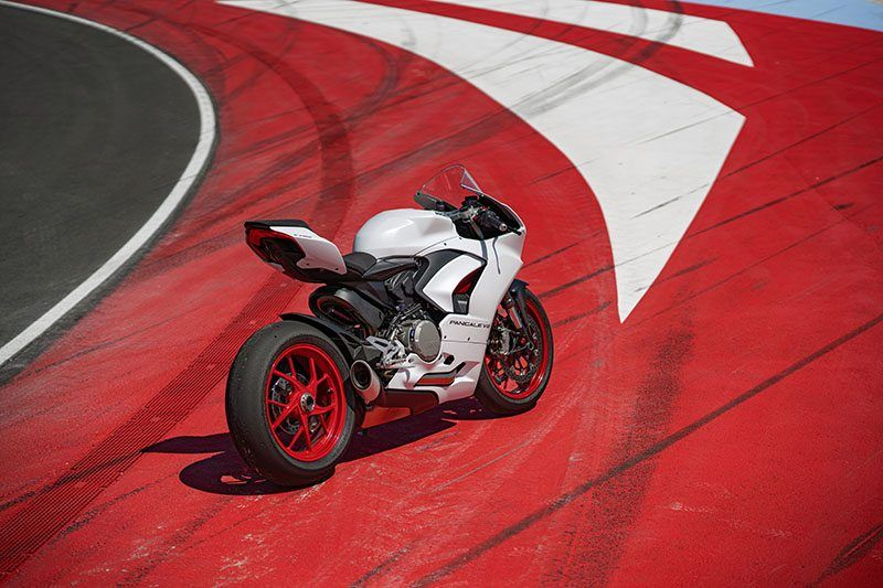 2020 Ducati Panigale V2 in Medford, Massachusetts - Photo 19