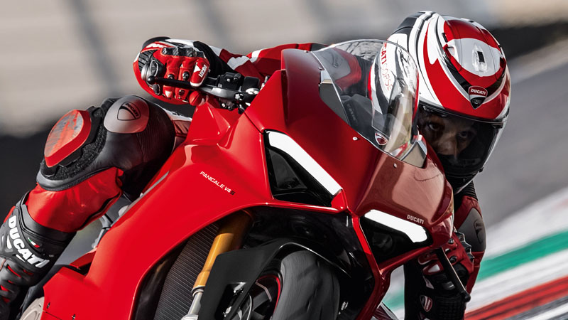 2019 Ducati Panigale V4 S in Fort Montgomery, New York - Photo 3