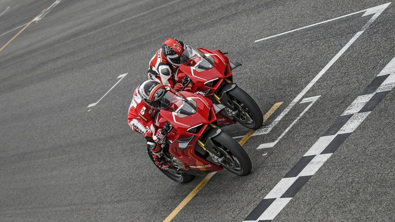 2020 Ducati Panigale V4 R in Medford, Massachusetts - Photo 3