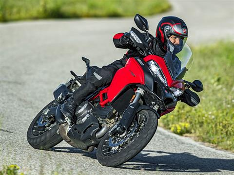 2021 Ducati Multistrada 950 S Spoked Wheel in New Haven, Connecticut - Photo 7