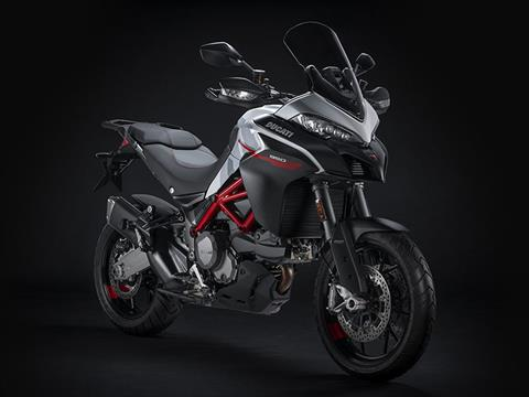 2021 Ducati Multistrada 950 S Spoked Wheel in New Haven, Connecticut - Photo 2