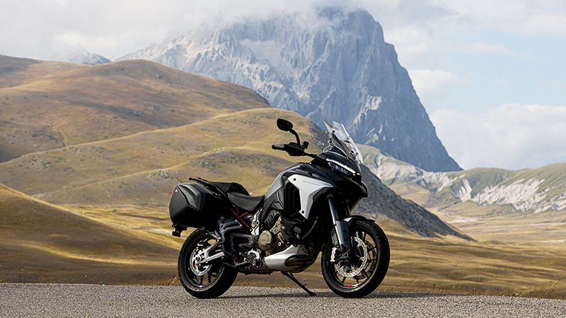 2021 Ducati Multistrada V4 S Travel & Radar in Oakdale, New York - Photo 5
