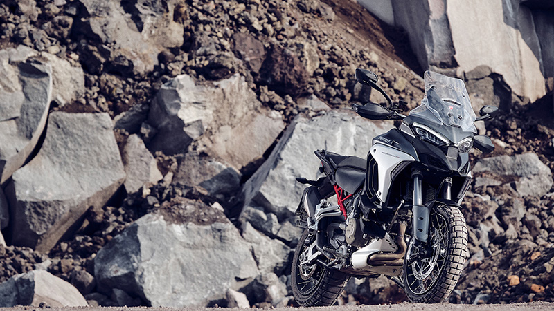 2021 Ducati Multistrada V4 S Travel & Radar Spoked Wheel in Oakdale, New York - Photo 10