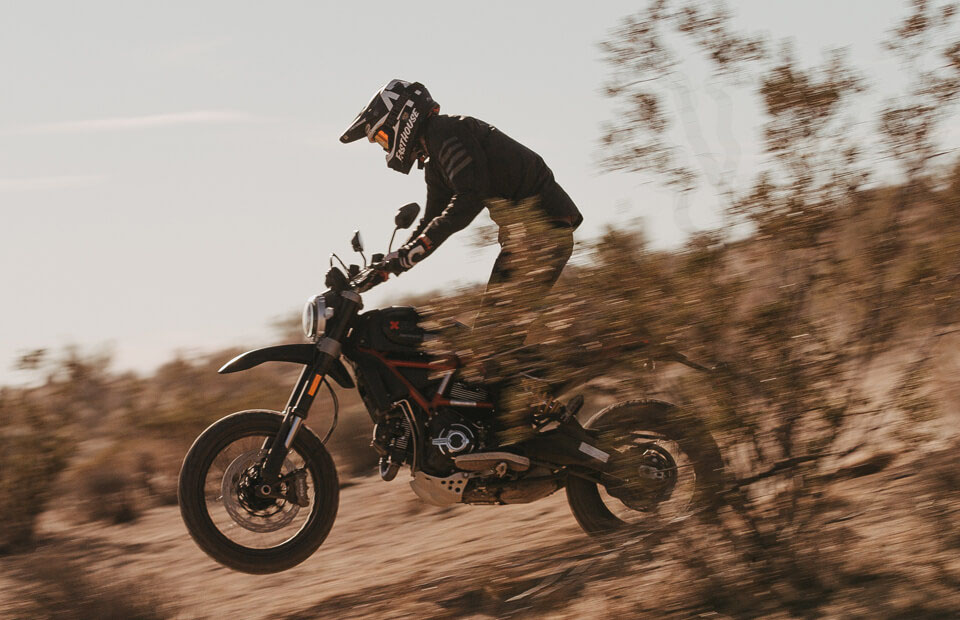 2021 Ducati Scrambler Desert Sled Fasthouse LE in Philadelphia, Pennsylvania - Photo 14