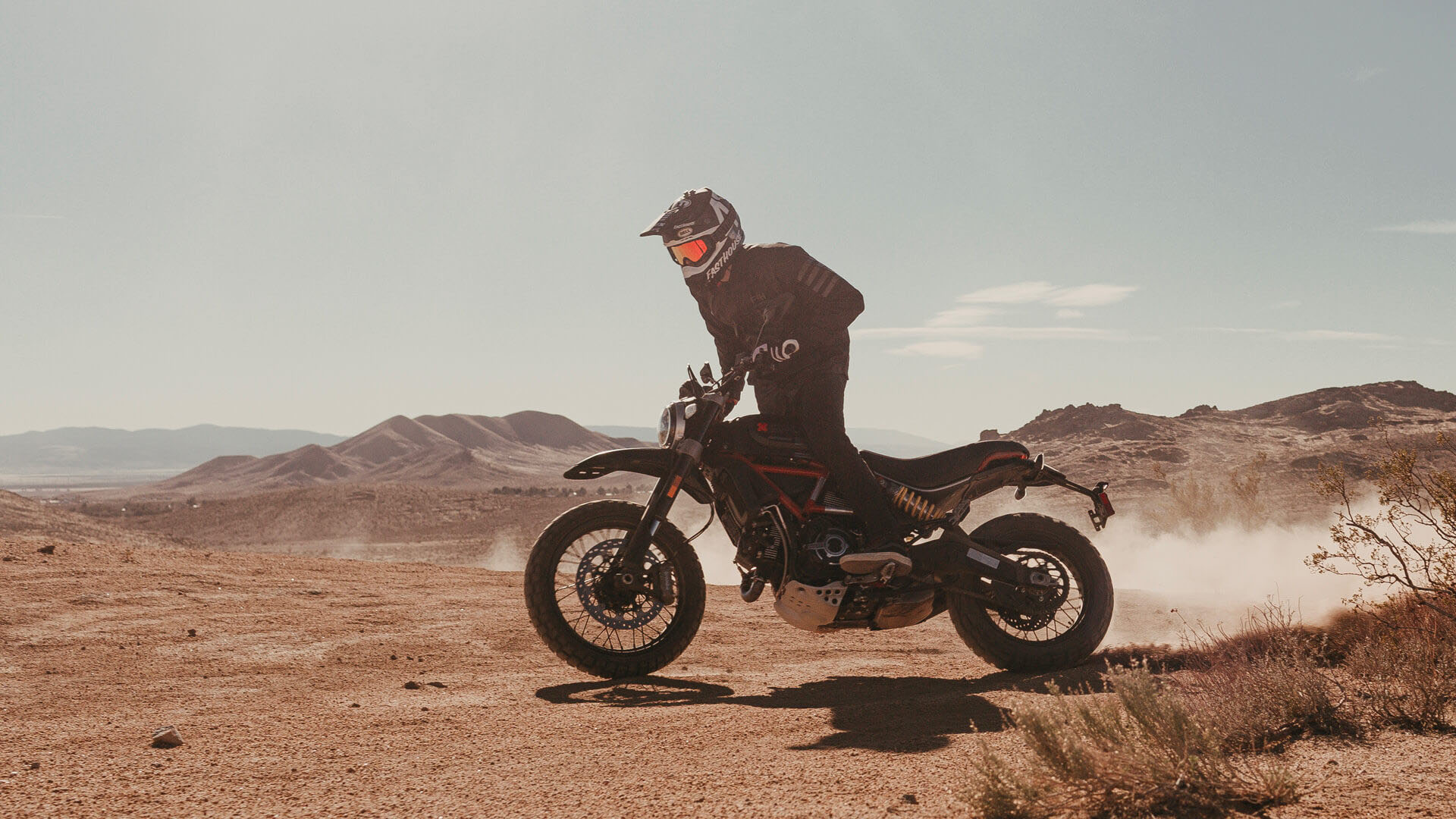 2021 Ducati Scrambler Desert Sled Fasthouse LE in Philadelphia, Pennsylvania - Photo 15