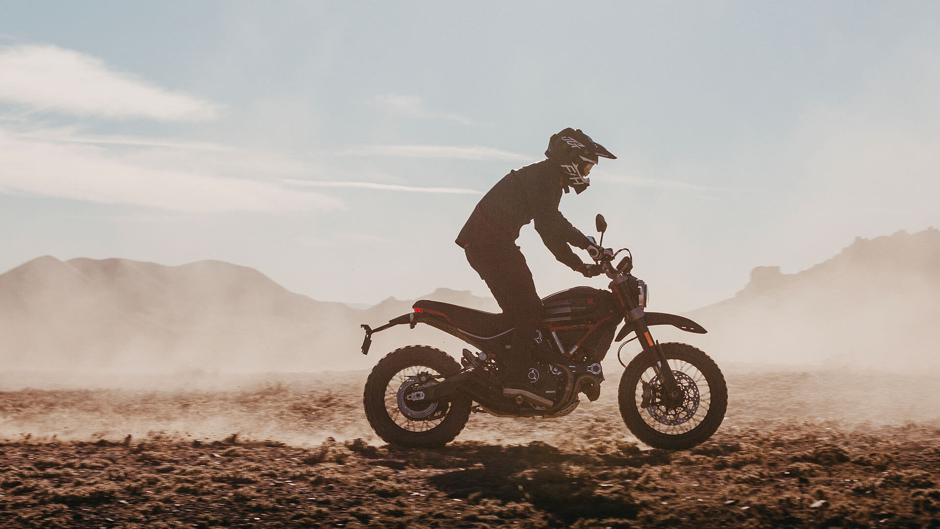 2021 Ducati Scrambler Desert Sled Fasthouse LE in Philadelphia, Pennsylvania - Photo 18