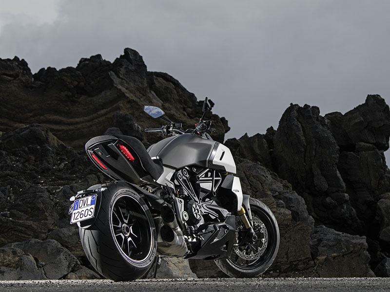 2021 Ducati Diavel 1260 in Oakdale, New York - Photo 11