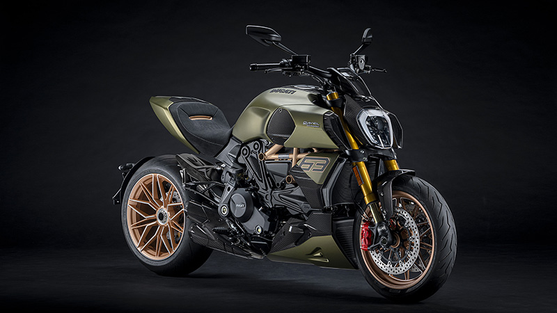 2021 Ducati Diavel 1260 Lamborghini in Elk Grove, California - Photo 4