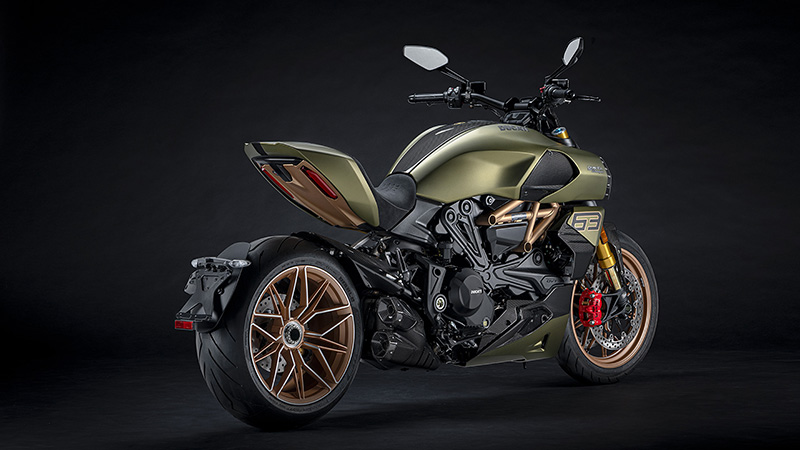 2021 Ducati Diavel 1260 Lamborghini in New Haven, Connecticut - Photo 5