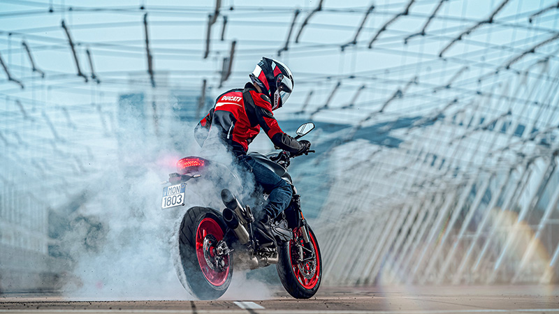 2021 Ducati Monster in Saint Louis, Missouri - Photo 5