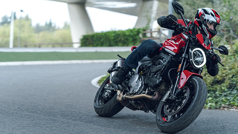 2021 Ducati Monster + in Oakdale, New York - Photo 17