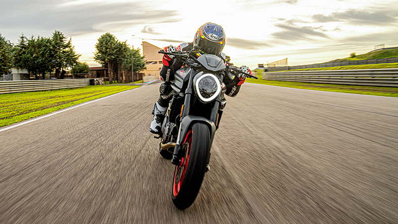2021 Ducati Monster + in Oakdale, New York - Photo 5