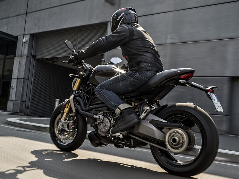 2021 Ducati Monster 1200 in Elk Grove, California - Photo 10