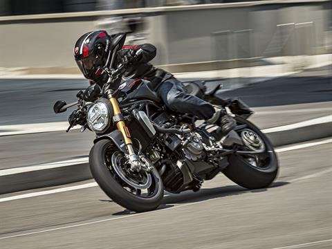 2021 Ducati Monster 1200 in Elk Grove, California - Photo 11
