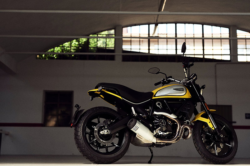 2021 Ducati Scrambler Icon in Oakdale, New York - Photo 5