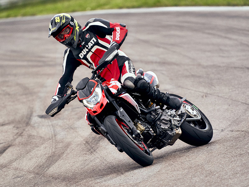 2021 Ducati Hypermotard 950 RVE in De Pere, Wisconsin - Photo 8