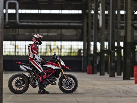 2021 Ducati Hypermotard 950 RVE in De Pere, Wisconsin - Photo 14
