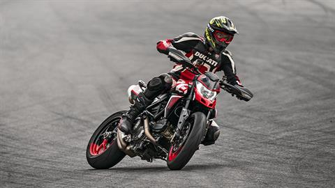 2021 Ducati Hypermotard 950 SP in West Allis, Wisconsin - Photo 11