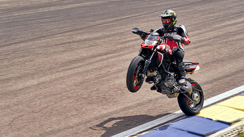 2021 Ducati Hypermotard 950 SP in Albuquerque, New Mexico - Photo 8