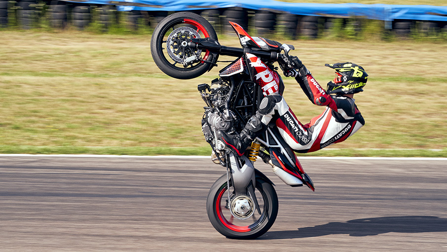 2021 Ducati Hypermotard 950 SP in Saint Louis, Missouri - Photo 10