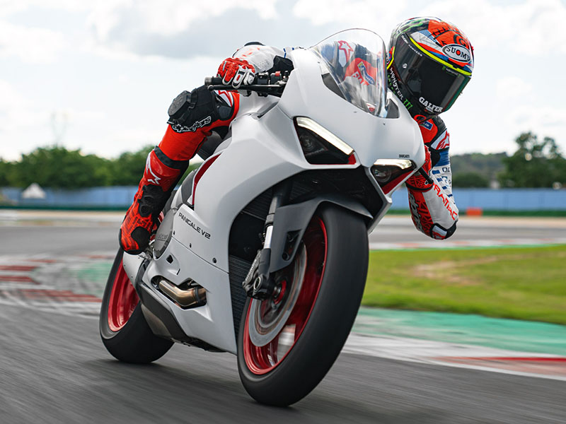 2021 Ducati Panigale V2 in Fort Montgomery, New York - Photo 3