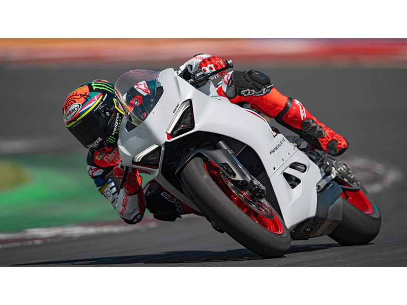 2021 Ducati Panigale V2 in Oakdale, New York - Photo 11