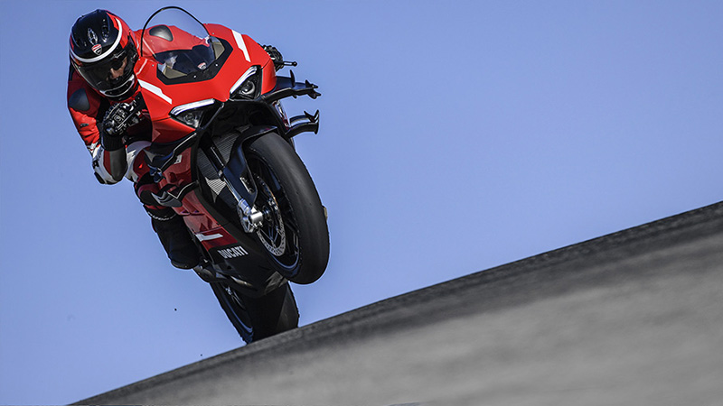 2021 Ducati Panigale V4 Superleggera in New Haven, Connecticut - Photo 10